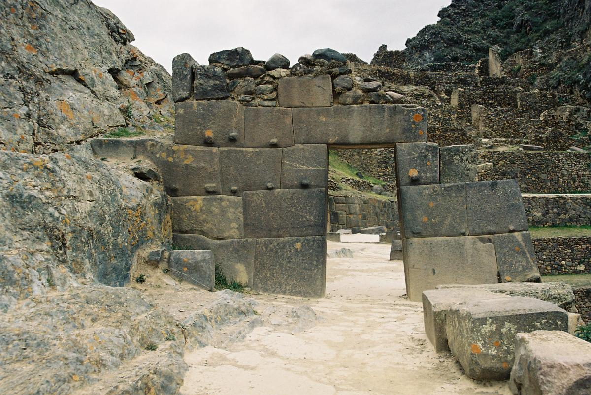 ollantaytambo-a-little-history-of-this-inca-living-city-000
