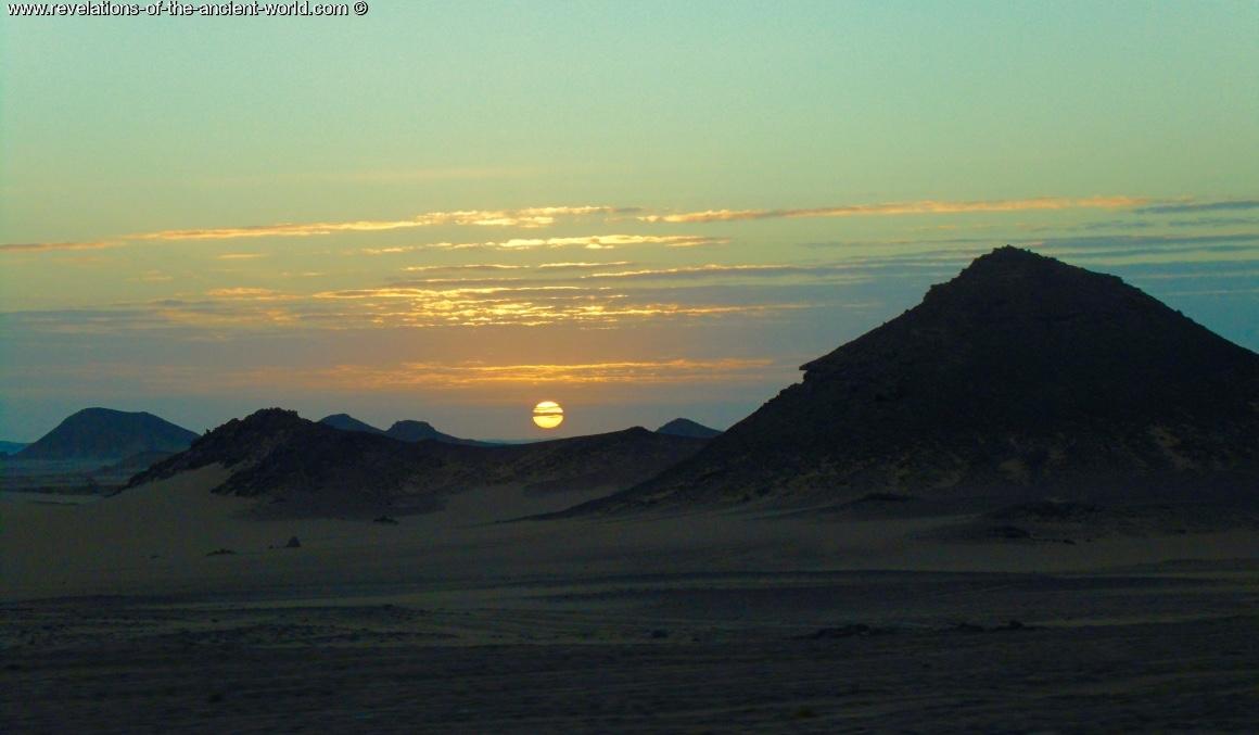 Abu Simbel desert sunrise