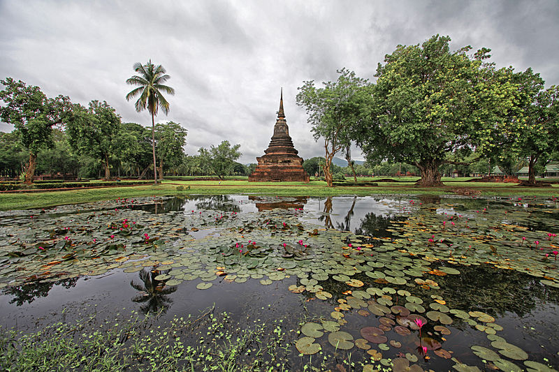 800px-Sukhothai_07